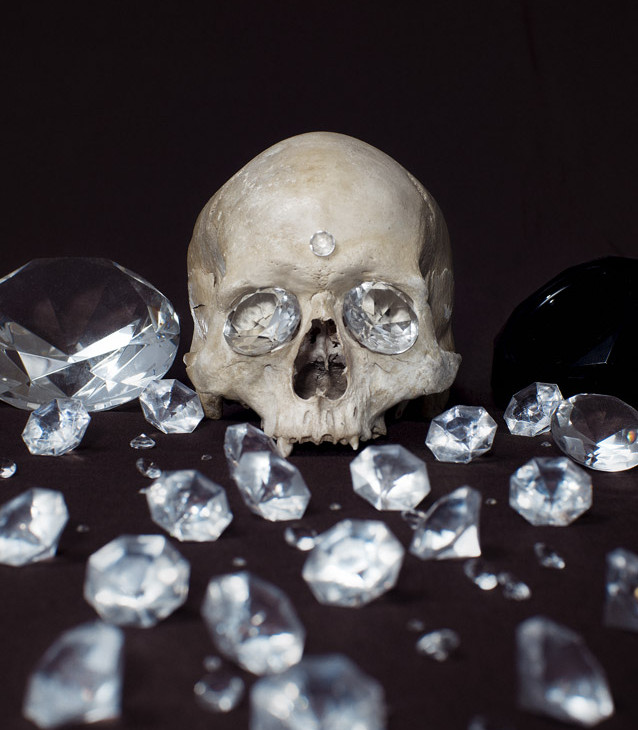 Mario_Monforte_Memento_Mori_Diamonds