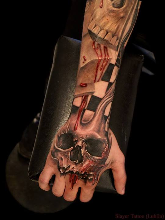 Skull tattoos by Daniel Melaniuk