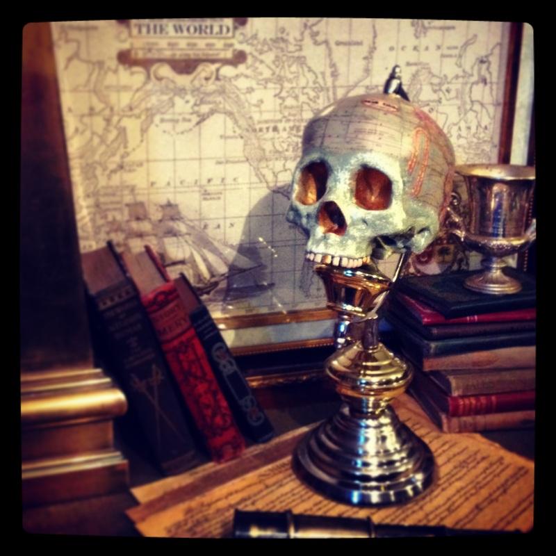 skull globe