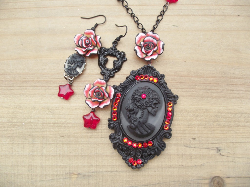 Skull Cameo Jewelry by Cinsational Baubles (3)