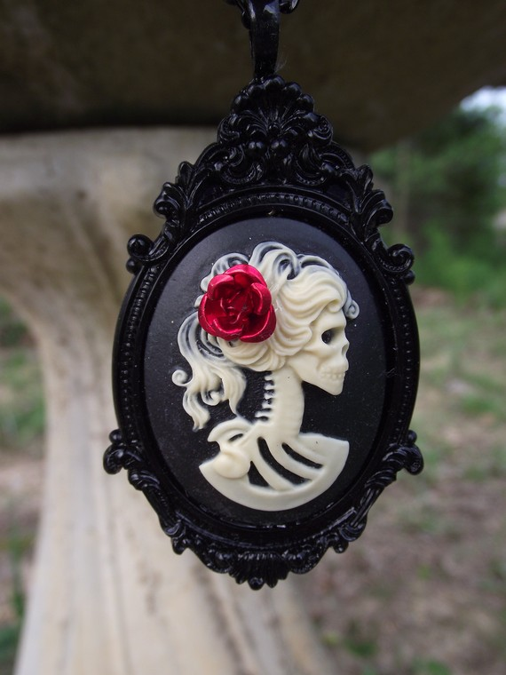 Skull Cameo Jewelry by Cinsational Baubles