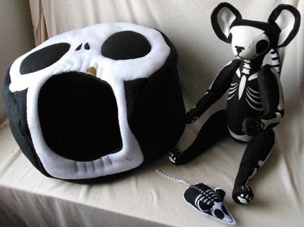 Skelly Cocoons and Catnip Toys by René Laigo
