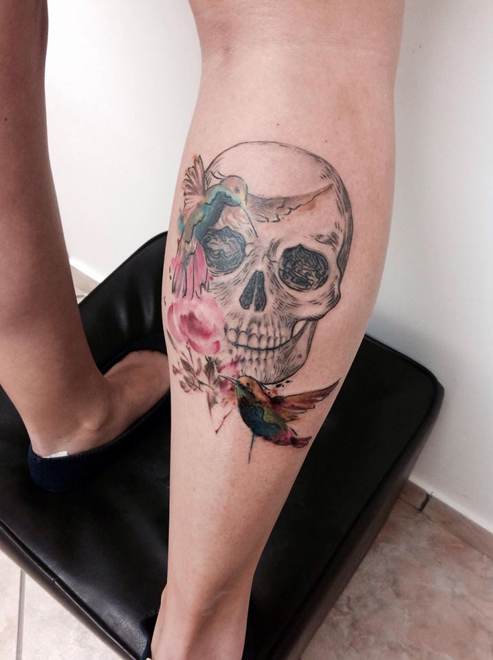 Watercolor skull tattoos by Cassio Magne