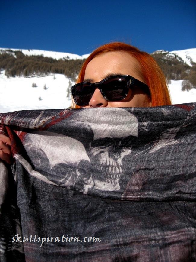 Skull scarf by Sasha Berry (4)