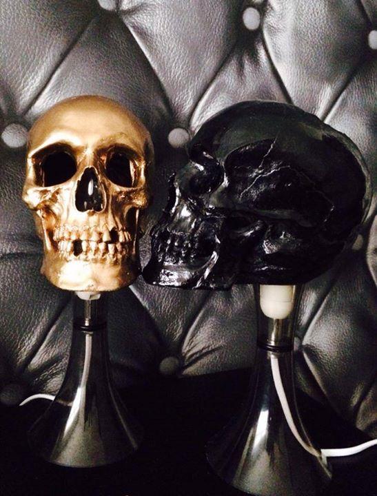 skull lamps