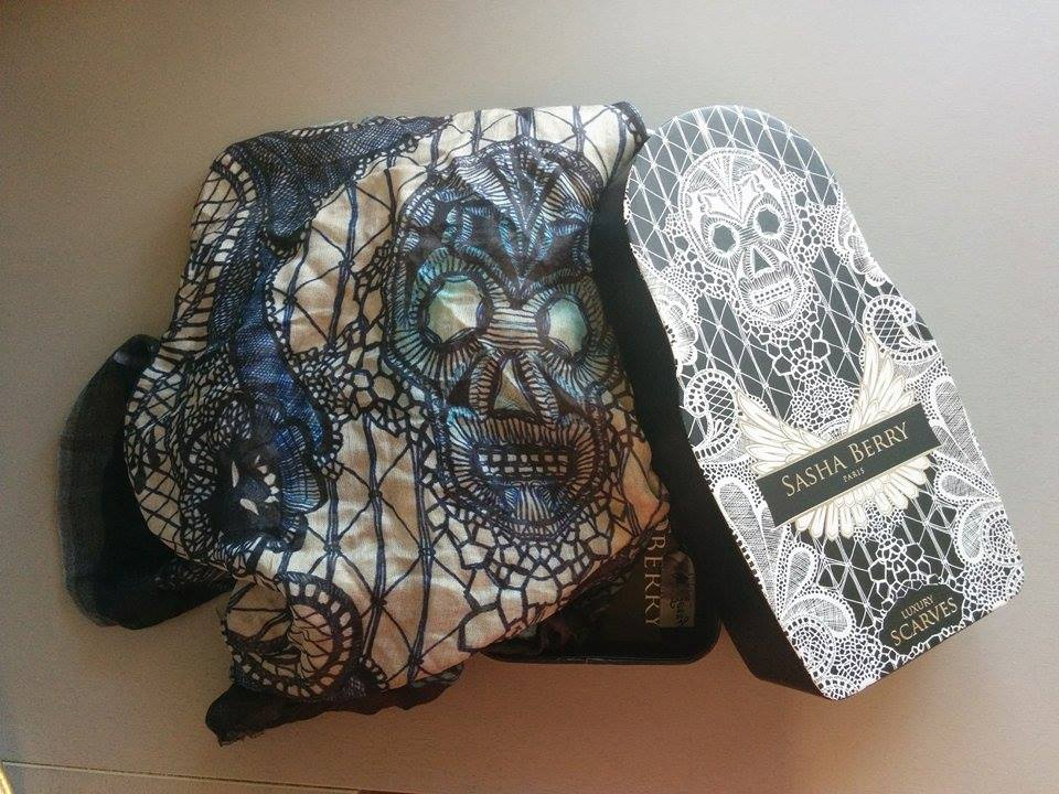 sasha berry scarf and skull box
