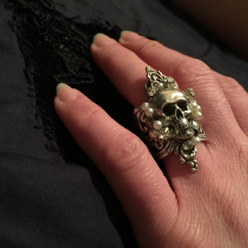 Never Say Die Ring (3)