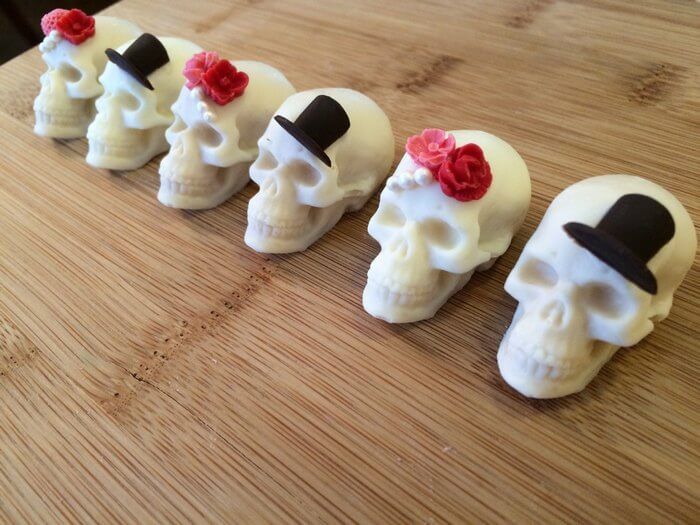 wedding skull chocolates
