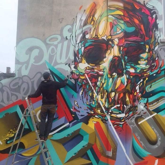 Skull graffiti by Steve Locatelli