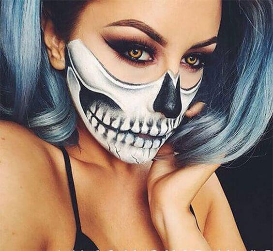 halloween-half-face-teeth-makeup
