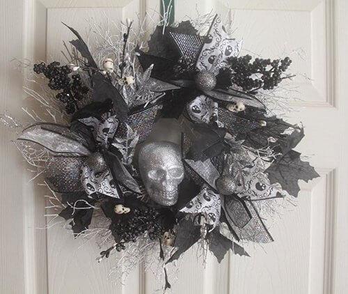 halloween-skull-wreath