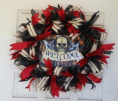 pirate-skull-crossbones-halloween-wreath