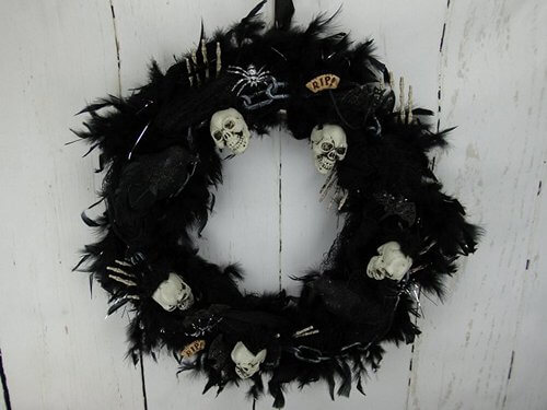 skull-and-bones-wreath