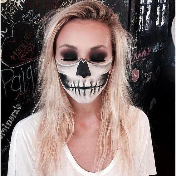 half-skull-face-painting-4
