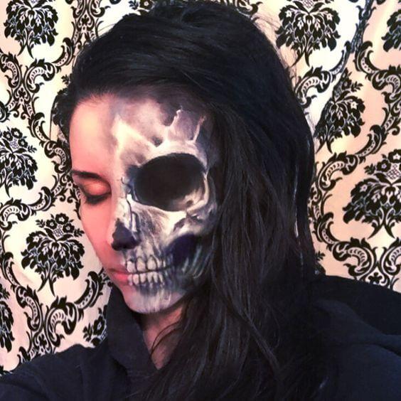 half-skull-makeup-idea-2