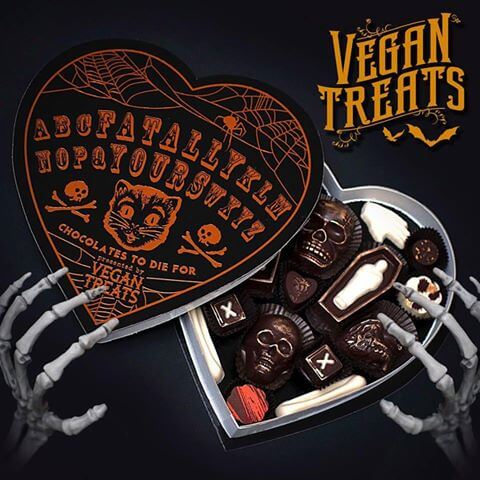 fatally-yours-gourmet-chocolate-box-halloween-edition