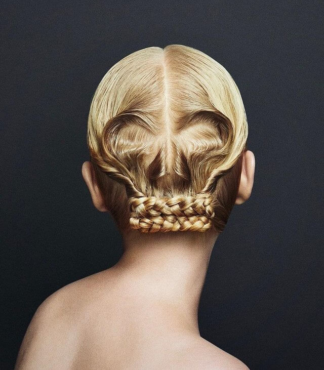Skull Hair by Yuni Yoshida