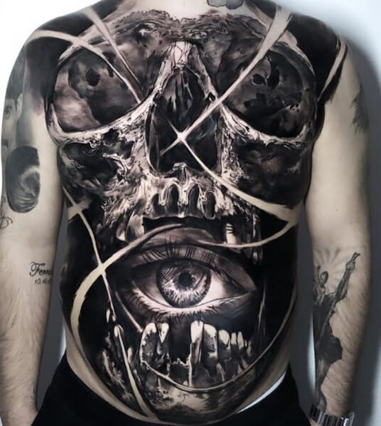 Tatuaje de calavera por Adem Senturk y Geuni King 1